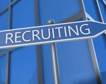 Recruiter Voice on What Job Seekers Should Do When Working with a Recruiter